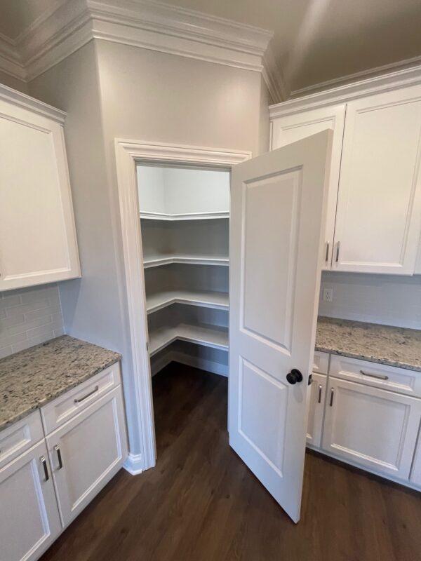 6345 springwood pantry